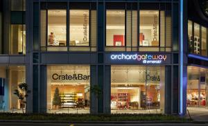 crate_and_barrel_orchard_gateway__emerald