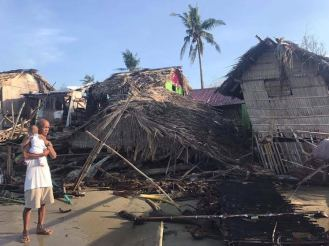 Nipa-hut-collapses-due-to-typhoon-Nina-in-.jpg