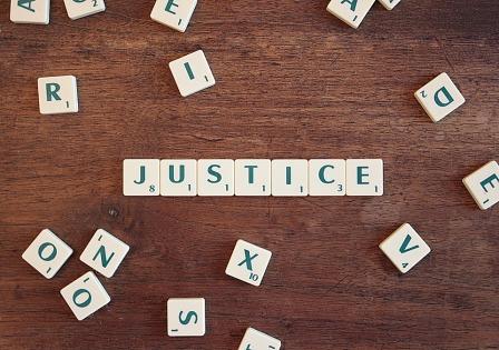 justice-2755765_960_720.jpg